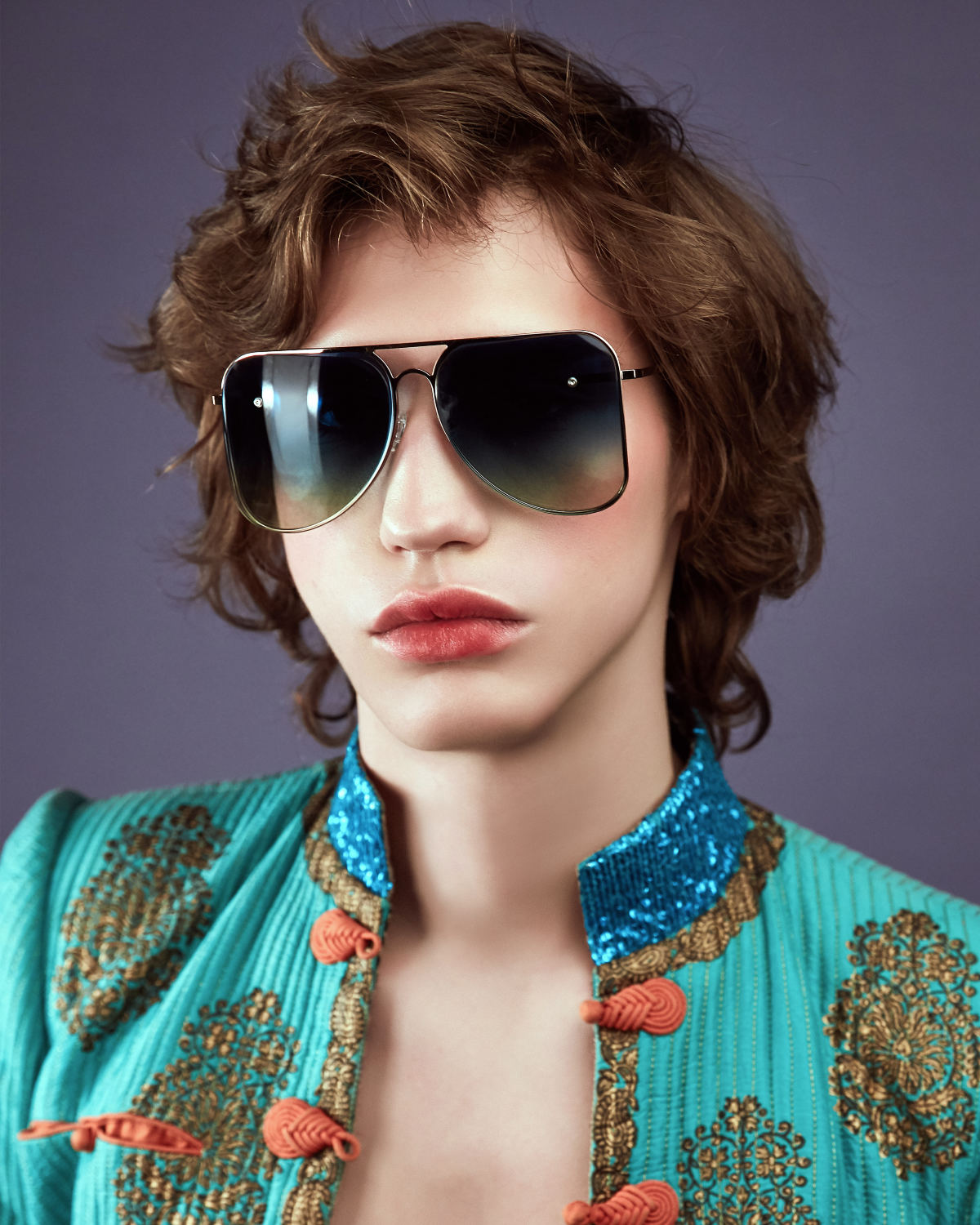FAKBYFAK Fashion sunglasses Light blue aviator Model 1. Golden metal frame Code: 07/01/022