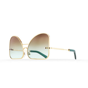 Inverted mint chocolate gradient lenses aviator Model 2. Golden metal frame