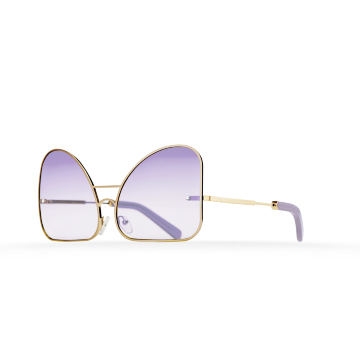 Inverted lilac lenses aviator Model 2. Golden metal frame